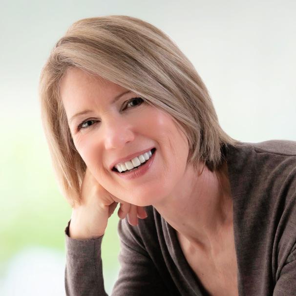 Sandra Nickel Author (3x4)